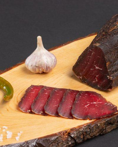 Govedje-suho-Rindfleisch-geräuchert-4